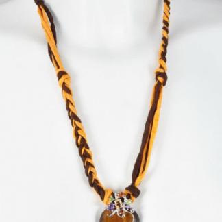 Tiigrisilmast ripatsiga siidist kaelakee
