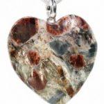 Granaadist ja küaniidist südamekujuline ripats 3
