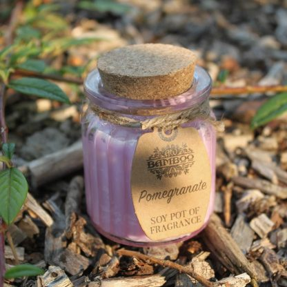 Sojavahast lõhnaküünal Granaatõun